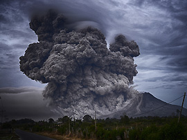 Verhaltenstipps: Vulkanausbruch