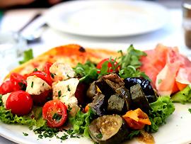 Zum Mittagessen (Pranzo) – Antipasti als Vorspeise