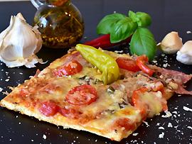 Als Zwischenmahlzeit (Merenda) - kleine Pizza