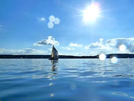Temperaturschichtung in Seen und Sonneneinwirkung