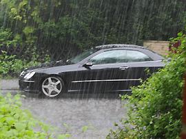 Unwetter - mit dem Auto unterwegs